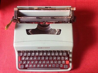 Vintage Olivetti Lettera 32 portable typewriter and case