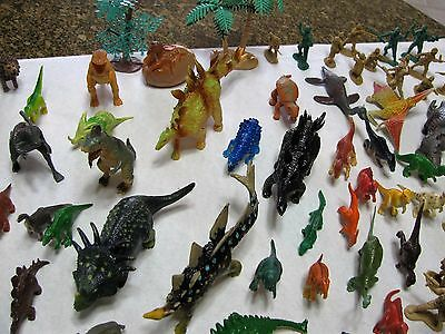 Assorted Dinosaurs, Animals, Army Men Toy Figures Huge Lot