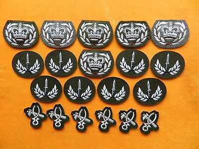 Twenty x Military Cloth Badges / Patches.