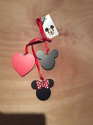 Mickey & Minnie Hanging Decoration ..so Cute ...great For A 99 Day Countdown