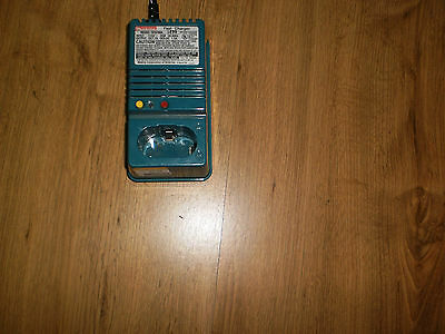 Makita DC9700 Battery Fast Charger, 7.2- 9.6V - TESTED