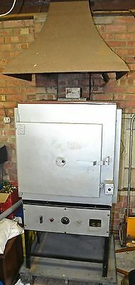 `Electric pottery kiln Kiln&Furnaces Ltd 240V single phase 1300C