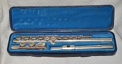 Yamaha Model 225S Silver-Plate Closed Hole Student Flute With Original Hard Case