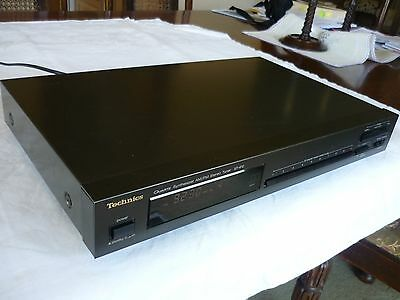 Vintage Technics Quartz Synthesizer AM FM Stereo Tuner ST-610 in Exc. Condition