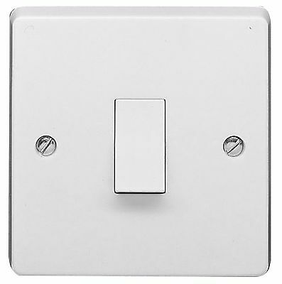 Crabtree 4070 10 Amp 1 Gang 1 Way Light Switch White