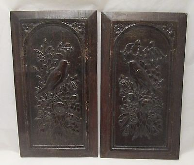 A Pair of Wooden Oak Panels - Birds & Flowers - 19th Century
