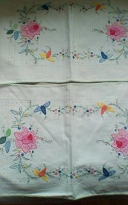 VINTAGE hand embroidered place mats.