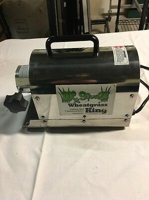 Dr squeeze Wheatgrass king stainless commercial juice extractor juicer runs