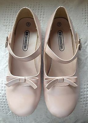Young Girls Pink Dress Shoes  Size 2.5 2 1/2 Mary Jane Strap with Bow - Low Heel