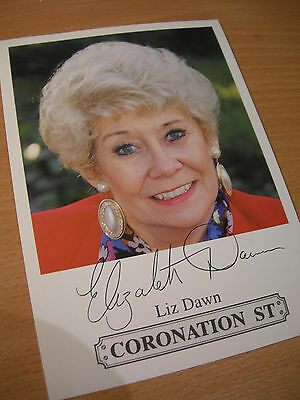 Collectable Liz Dawn Coronation St Actress Printed Signed Rare TV Cast Card