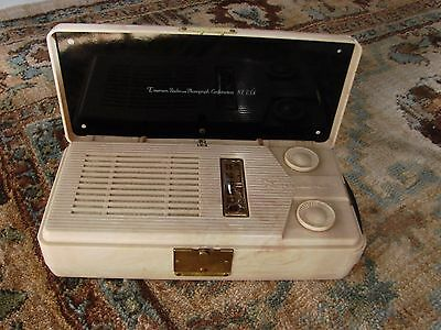 Emerson vintage radio Model 640 ,1940's Beige marbled battery operated