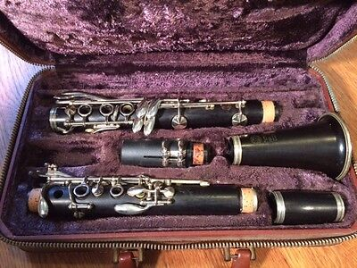 Selmer Centered Tone Clarinet R Series from 1958, New Pads! Nice Original Case!