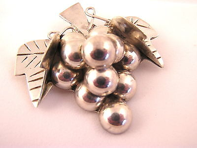 TAXCO Mexico Sterling Grape Cluster Engraved Pendant Brooch