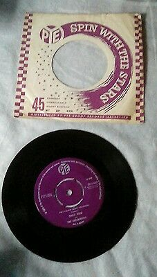 """EMILE FORD & THE CHECKMATES 7"""" Vinyl Single 1960 ON A SLOW BOAT TO CHINA. Pye"""