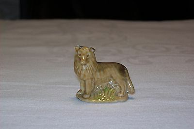 Wade Collie Dog Ornament, Very Good Condition