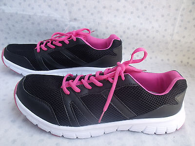 NEW Womens Ladies black pink breathable running jogging shoes size 10