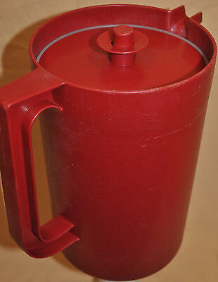 Tupperware Red Pitcher #1676 2-Qt Pitcher, #802 3-Part Red Seal Lid Discontinued