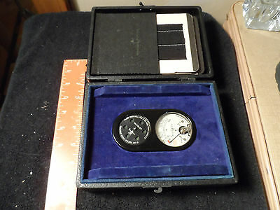 Vintage 1930's Weston Sight Light Meter Model 703 Bakelite w/ case & cards