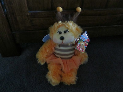 BEANIE KIDS...Nectar the bumble bee bear....BK-... with yellow tag! WHITE BUTTON