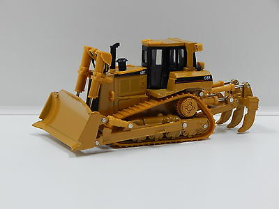 1:50 Cat D8R Series ll Track-Type Tractor Norscot 55099