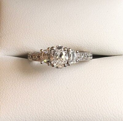 18ct White Gold Oval Cut Diamond Engagement Ring