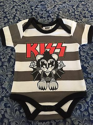 Kiss Baby Romper Unisex Infant