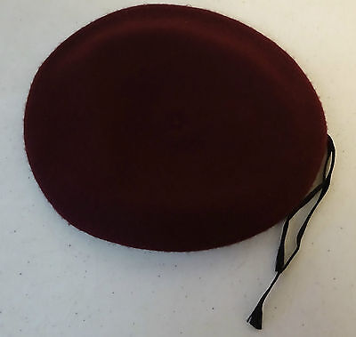 US Army DLA Beret Wool Size 7 1/2 Color Maroon Gently Used
