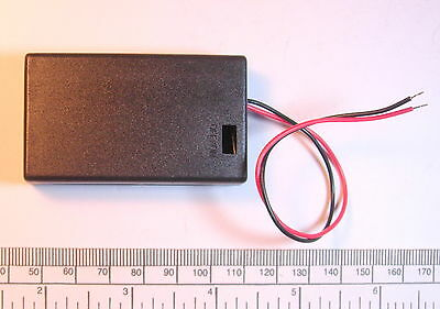 Battery holder for 3 X 'AAA' (UM-4) cell - with leads - hard case - unswitched