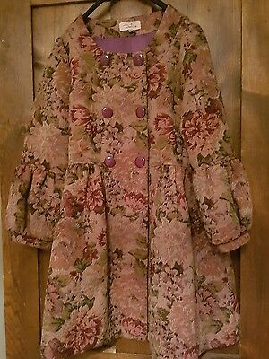 Vintage tapestry style floral coat. Unusual. Size Small. 8/10