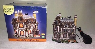 "Lemax Spooky Town Pumpkin Hollow ""The Alford Mansion"" Lighted Ghosts W/ Box 2005"
