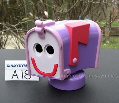 HTF Blue's Clues TALKING MAILBOX Several Phrases Sings Mailtime Song 1999 (A18)