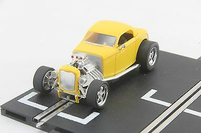 Carrera Evolution Car - 27200 - 1932 Ford Hotrod - Yellow - Scalextric