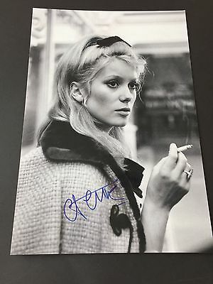 CATHERINE DENEUVE  signed In-person Berlin 2017  Photo 20x30 Autogramm