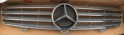 mercedes Cls 320 Front Grill W219. 2006 Model.