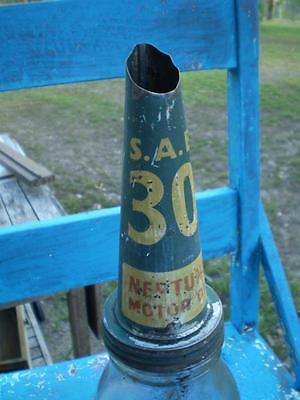 Vintage collectable Neptune oil bottle and top 1lt BT Nsw glass Sae30 motor oil