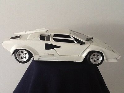 Tonka White Lamborghini Cantach 1:18 Scale Model Car