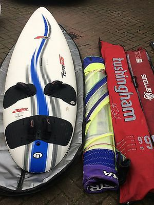 F2 Powerglide 280 Windsurfing board, 3 sails and boom, 2 masts