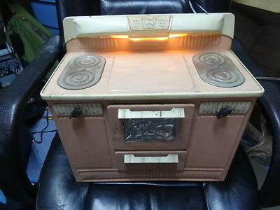 "H2c Vintage ""Little Lady"" Pink Metal Electric Toy Oven Stove, Tested Works"