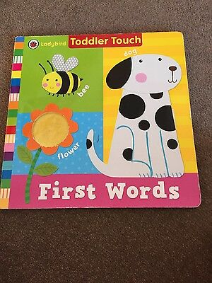 Baby book. Ladybird Toddler Touch: First Words by Penguin Books