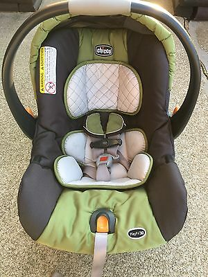 Chicco KeyFit 30 Cortina Infant Car Seat & 2 Base Units - Expires 04/2019