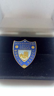 Badge ( Leicestershire Ladies County Bowling Association )