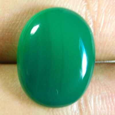 14.2cts Magnificent 100% Natural Green Onyx Oval 19x15x6 Cabochon Gemstone
