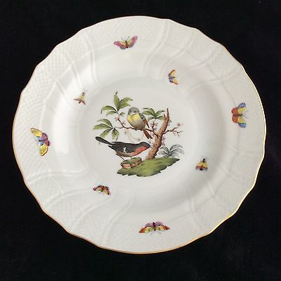 HEREND ROTHSCHILD BIRDS 10 INCH DINNER PLATE WITH DEEP CAVETTO.        No1