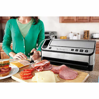 FoodSaver Automatic 2-in-1 Vacuum Sealing System