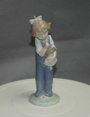 Charming Nao By Lladro Figurine - Girl With Her Doll
