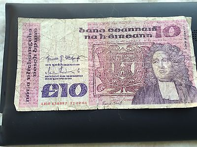 Irish 10 Pound Note-1986