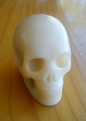 """Crystal Gemstone Skull !  """"white Butter Chalacedony""""  - Highly Detailed Carved !"""