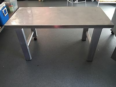Low Lever Stainless Steel Table/bench