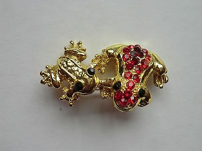 Mother & Baby Frog Brooch - Never Worn