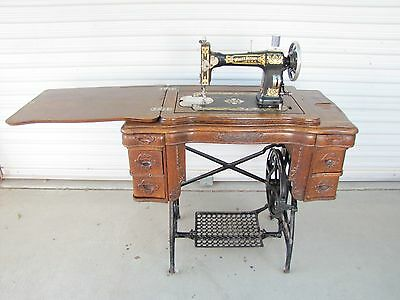 1914 Antique White Sewing Machine 6 Drawer Oak Wood Treadle Cabinet